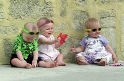 Los menores de tres años deben usar gafas de sol