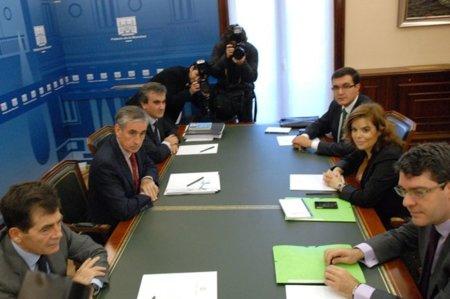 El traspaso de poderes [tutelado por José Enrique Serrano] incluye la Ley Sinde que aprobó Rajoy