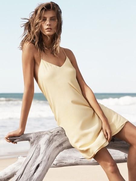 Los vestidos de tirantes finos vuelven [Los 50 flechazos del verano]