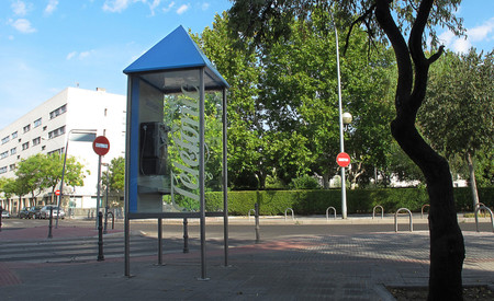 En España hay 16.000 cabinas, pero se hace menos de una llamada al día desde ellas