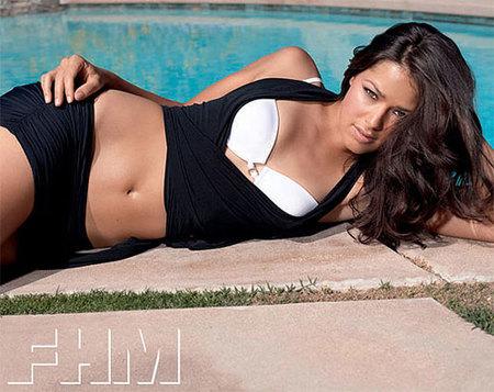 Ana Ivanovic posa para FHM