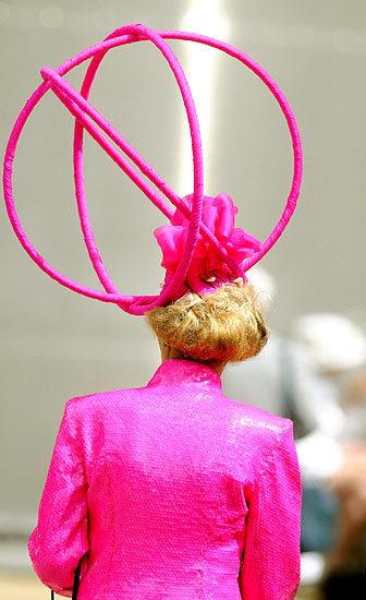 Foto de Ascot 2008: imágenes de sombreros, tocados y pamelas (8/20)