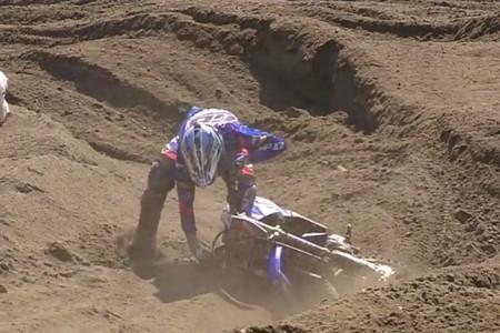 Siete muestras en vídeo de lo mucho que sufrieron los pilotos de MXGP sobre la densa arena de Lommel (Bélgica)