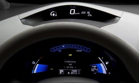 Nissan LEAF 104