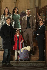 Antena 3 se apunta a los preestrenos de series en el cine e internet
