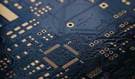 Hasta 128 núcleos de GPU y 64GB de RAM: Gurman detalla los próximos pasos de la transición a Apple Silicon