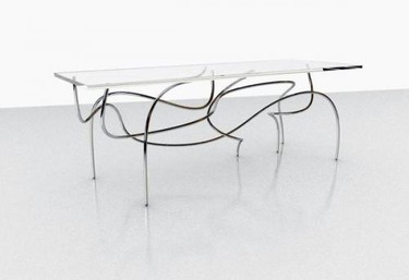 Mesa Continuum inspirada en el espacio-tiempo