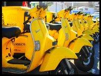Correos confía en las motos eléctricas