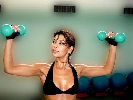 Mujer y pesas no son incompatibles
