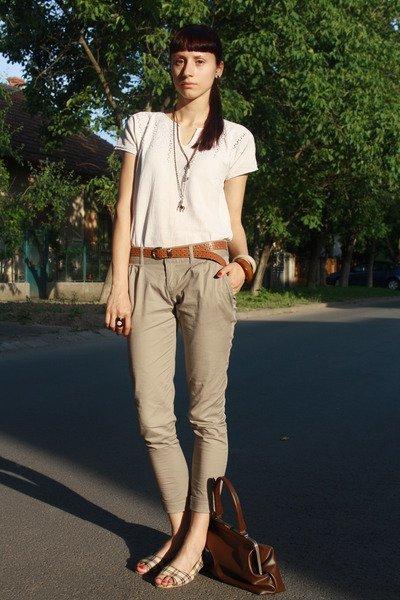 white-vintage-blouse-beige-stradivarius-pants-white-random-shoes-brown-thr_400.jpg
