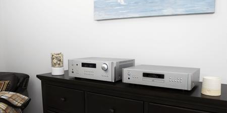 Rotel renueva su gama de amplificadores en las Series 14 y 15: tres modelos que llegan con DAC, diseño y funcionalidades actualizados