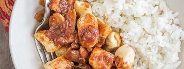 Pollo picante con chocolate y almendras. Receta