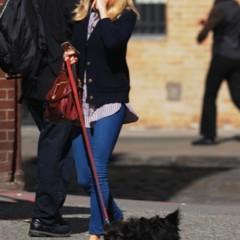 Foto 8 de 22 de la galería sal-a-pasear-al-perro-con-estilo-copia-a-sienna-miller en Trendencias