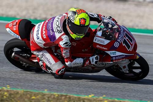 Sergio García logra su segunda victoria del año en una accidentada carrera de Moto3 y Pedro Acosta es séptimo
