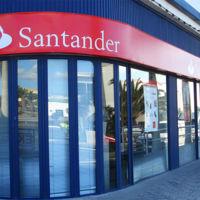 ¿Por qué los bancos españoles siguen realizando despidos y cierres de oficinas masivos?