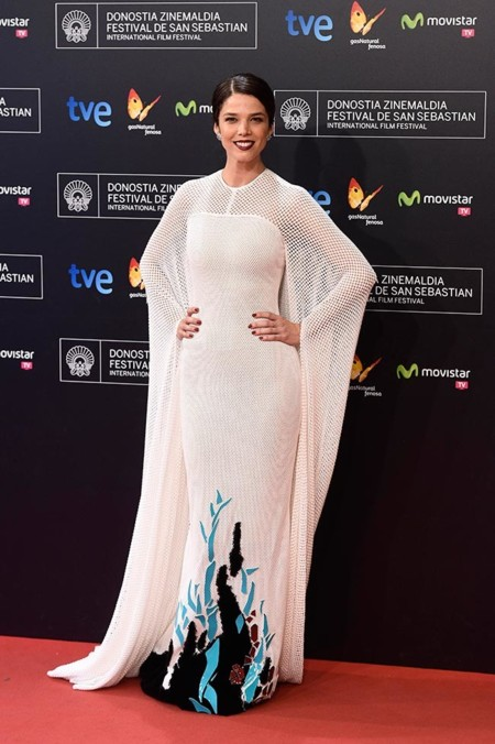 Juana Acosta Stephane Rolland Mejor Vestidas 2014