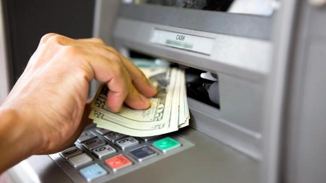 La fragilidad de la banca ante la retirada masiva de depósitos