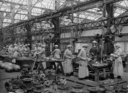 Las Mujeres Fueron Claves En La Muy Necesitada Industria Artillera