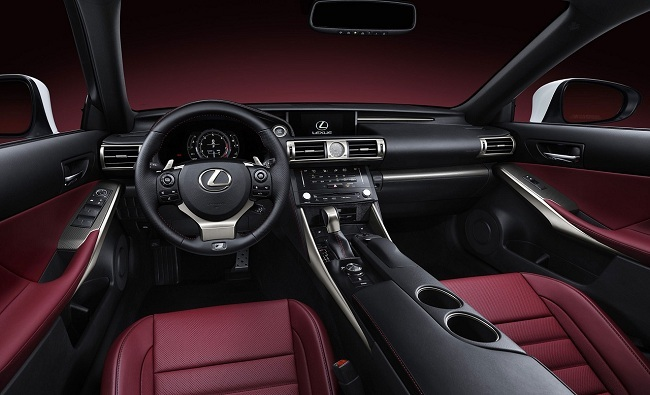 Lexus IS F-Sport, vista interior