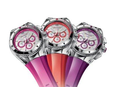 Los relojes de colores están de moda