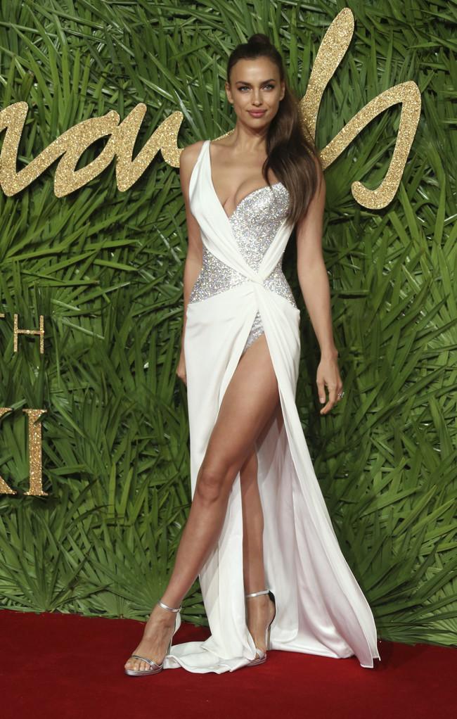 british fashion awards alfombra roja Irina Shayk