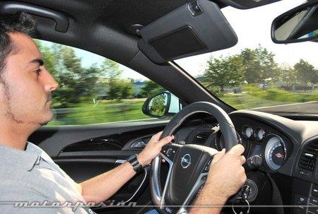 Opel Insignia OPC a 259 km/h