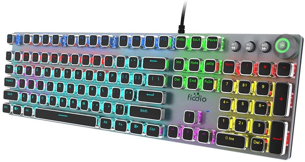 Teclado mecánico Fiodio con RGB , 104 teclas anti-ghosting, switches negros y cuerpo metálico