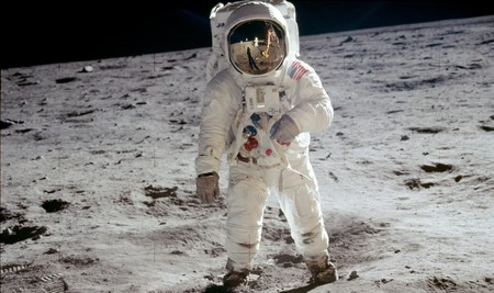 Aldrin Apollo 11 Crop