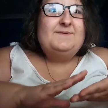 Naiara Música: la youtuber que ha pasado de hacer covers de Rosalía a ser objeto del hateo más básico