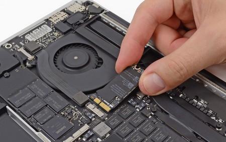 iFixit y Greenpeace nos descubren cuáles son los móviles y portátiles más fáciles de reparar