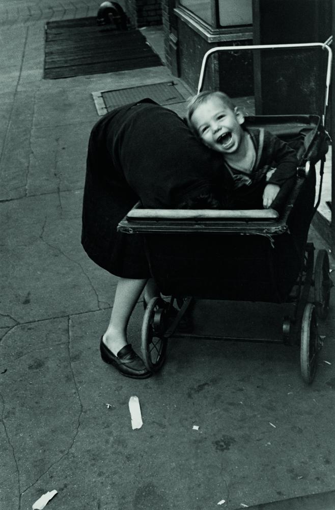 Foto de RETRATOS. COLECCIONES FUNDACIÓN MAPFRE DE FOTOGRAFIA (12/18)
