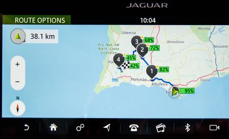 Jaguar I-PACE navegador autonomía
