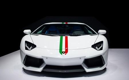 Lamborghini Aventador LP 700-4 edición especial Nazionale 02