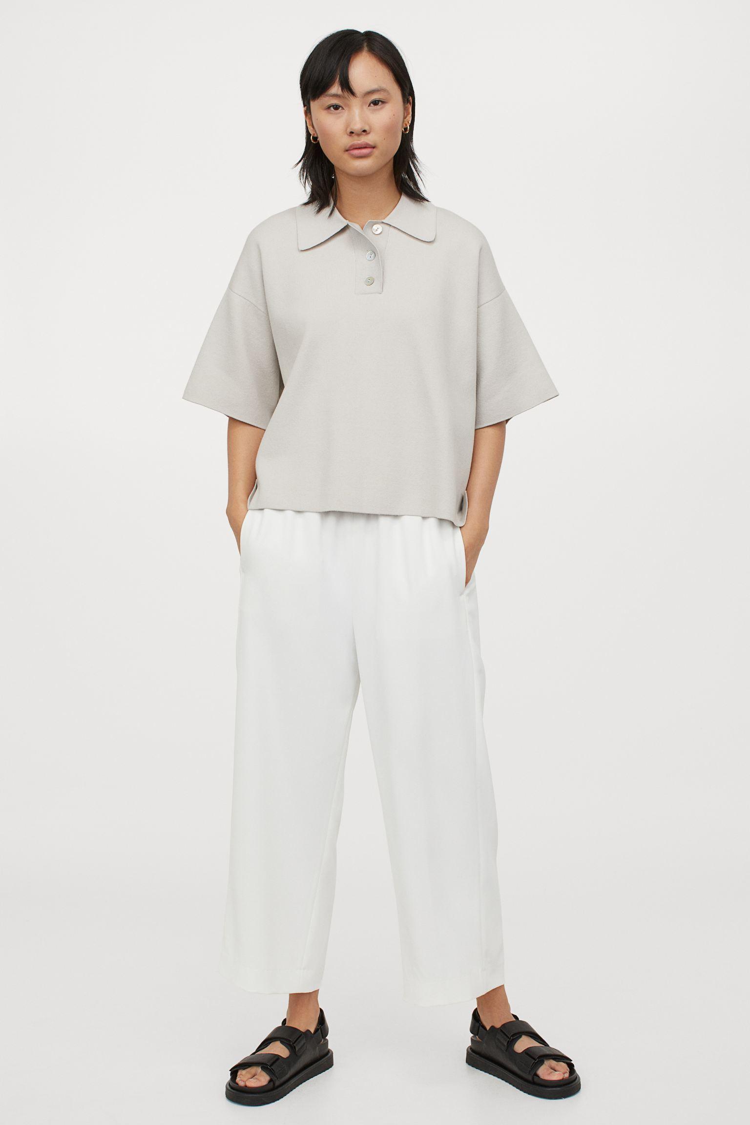 Pantalón recto cropped con cintura elástica