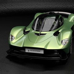 aston-martin-valkyrie-amr-track-performance