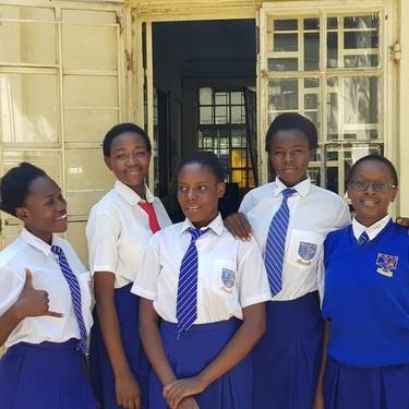 Un grupo de adolescentes crea una aplicación para combatir la mutilación genital