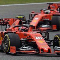 """Tres carreras, tres órdenes de equipo: Ferrari volvió a frenar a Leclerc en China para """"subir la moral"""" de Vettel"""