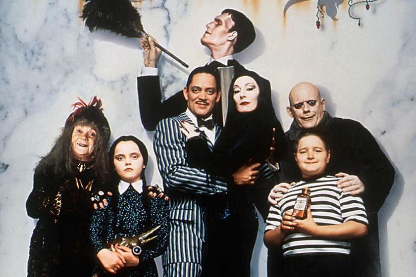 Crónicas de 'La familia Addams': más de 80 años de cómics, cine y  televisión con el clan más macabro de la comedia infantil