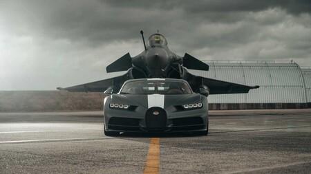 Bugatti Chiron Sport Vs Jet