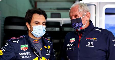 Guerra fría en Red Bull: Helmut Marko sigue criticando en público los errores de Sergio Pérez