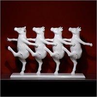 Figuritas Dancing Cows, una apuesta arriesgada