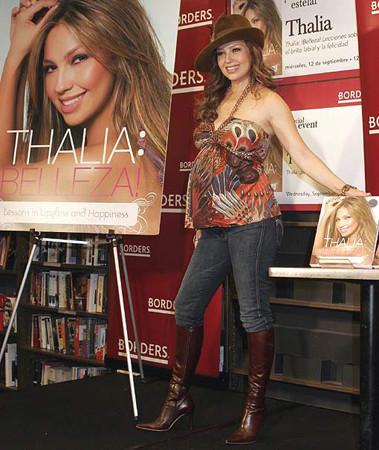 Thalia presenta su libro de belleza