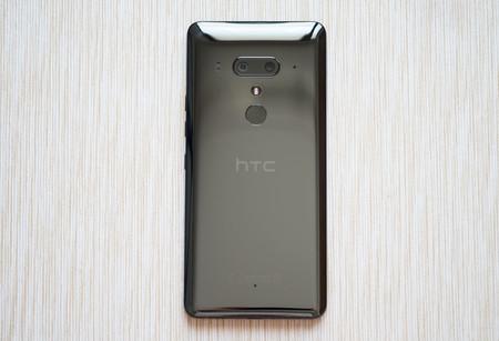 HTC ha eliminado 14 apps de Google Play en lo que va de 2019, su launcher entre ellas