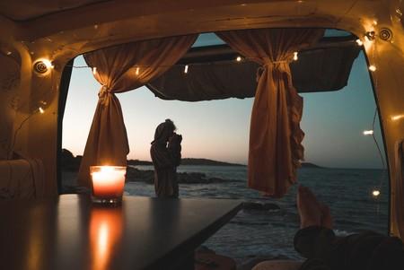 Los nueve interiores más bonitos de caravanas nos dan ideas para decorarlas y sacar todo el partido a nuestro viaje de verano