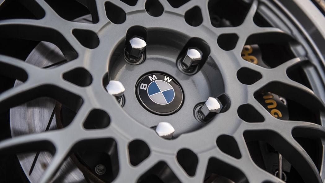 Foto de Redux BMW M3 E30 restomod (23/29)