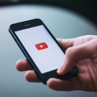 YouTube prepara el embate en contra de TikTok: 'Shorts', un nuevo formato dentro de su app para crear vídeos cortos