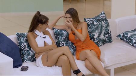 Andrea deseando que se haga de noche para dormir en la misma cama que Óscar