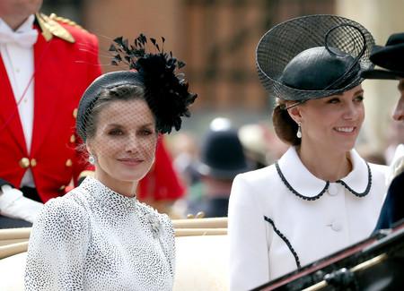 Kate Middleton señalada por despistada o maleducada: la duquesa de Cambridge no ha saludado a la Reina Letizia y el drama Real está servido