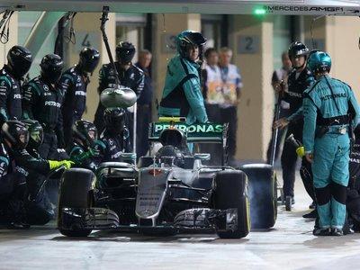 ¿Quién debería tomar el lugar de Nico Rosberg en el equipo Mercedes para 2017?