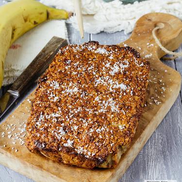Panqué de avena y plátano. Receta saludable para desayuno o postre